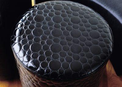 Pouffe in pelle